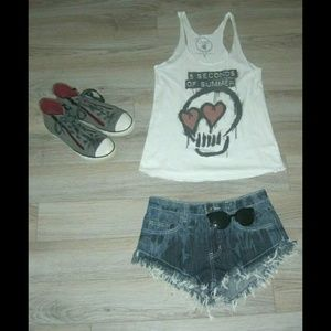 5 Seconds Of Summer White Tank Top Skull Graffiti